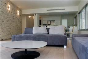 סלון-ניצן הורוביץ מעצב בשיתוף עם דירן רהיטים