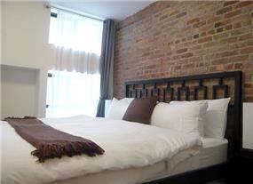 חדר שינה בסגנון לופט ניו יורקי, עיצוב תמי שטרסברג