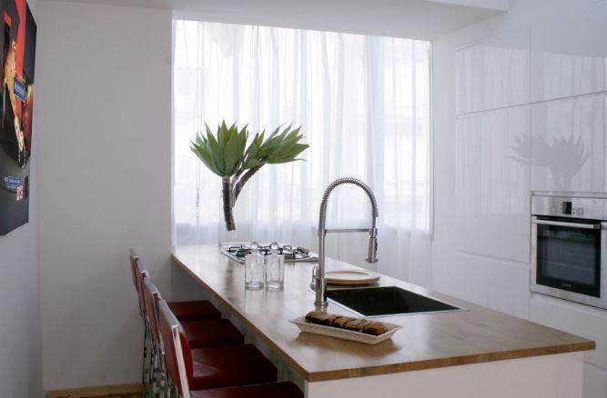 מטבח בדירה בתל אביב- עיצוב הנקין שביט