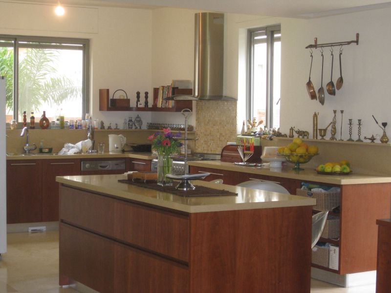 חלל פתוח מטבח פינת אוכל וסלון