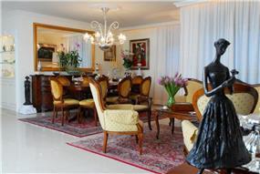 חדר אוכל בדירת יוקרה, מגדלי נאמן