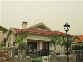 חזית בית פרטי בסגנון כפרי- אלפא מתכננים
