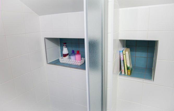 חדרי אמבטיה מעוצבים, נורית אמויאל - מעצבת פנים
