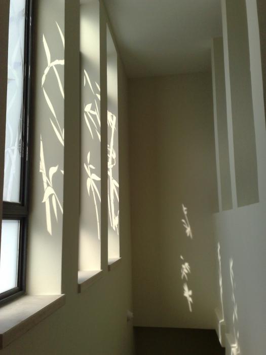 חלונות המלווים גרם מדרגות