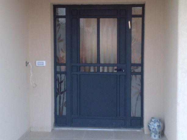 בית פרטי דלת כניסה