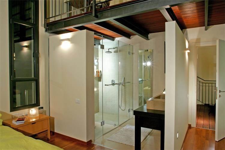 חדר רחצה בתכנון אדריכל יואב מסר