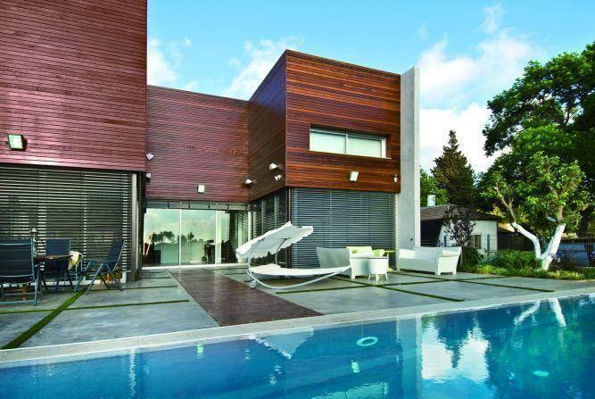 חזית בית בתכנון אדריכל נסטור סנדבנק