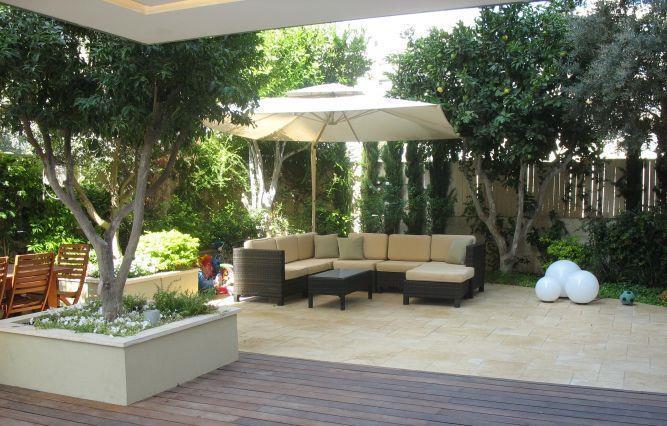 מבט לגינה בדירת גן - מאיה שפיר עיצוב פנים  - MS