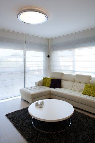 פינת ישיבה בסלון בסגנון מודרני, עיצוב דלית ונגרובסקי