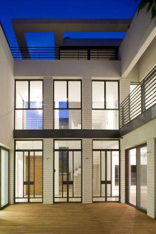 חזית בית פרטי בתכנון אדריכל גל מרום