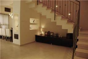 נישה, מדרגות משוננות ומזנון יפני