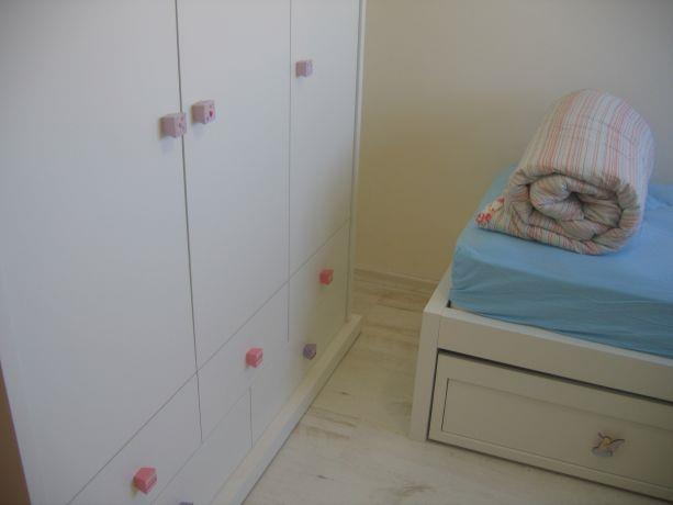 חדר ילדים בסגנון נקי
