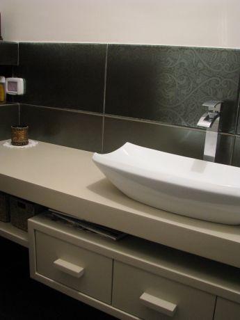 אמבטיה כיור מונח , עיצוב לא שגרתי
