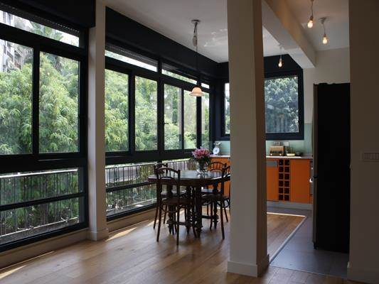עיצוב מטבח מואר, חלונות גדולים