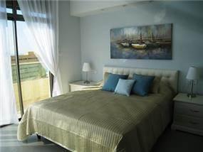 חדר שינה בעיצוב יוקרתי של מגי סולומון