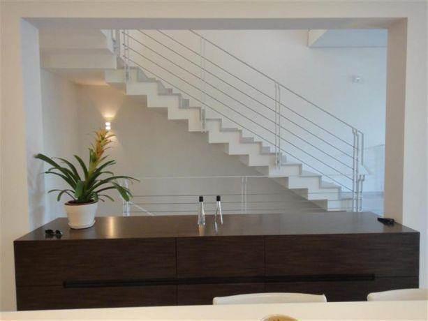 מדרגות בבית פרטי, כרמלי ונתן פלדמן - אדריכלים