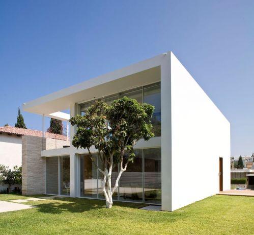 חזית בית פרטי, יואב אנדרמן - אדריכל