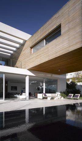 חזית בית בתכנון האדריכל יואב אנדרמן
