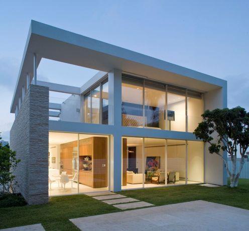 מבט מבחוץ לבית פרטי בתכנון אדריכל יואב אנדרמן