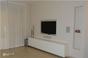קיר פלאזמה בעיצוב טלי גרונברג