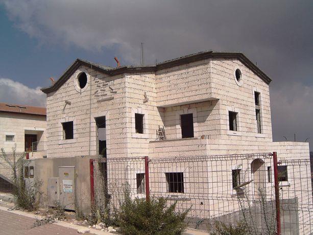 בית פרטי בבנייה