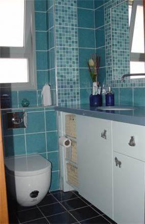 חדר אמבטיה ושירותים בדירה בקרית אונו
