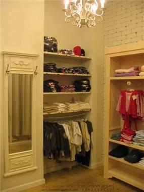 עיצוב חנות בגדים בתכנון ועיצוב אביב חרמוני