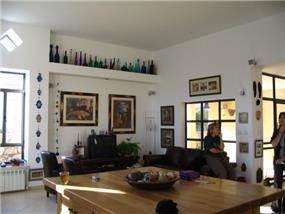 בית פרטי, מטולה, חלל מגורים - טלי ארז וברק פורת אדריכלות