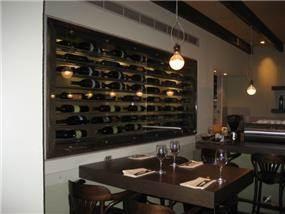 קיר יין + בר, מסעדת קמליה - סטודיו אסף