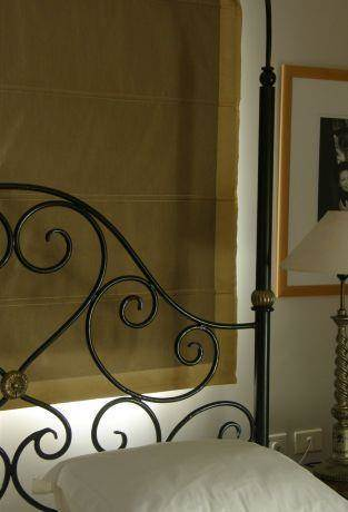 חדר שינה בבית פרטי בסגנון רומנטי מינימליסטי