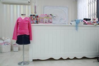 חנות בגדי ילדים