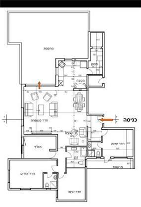 """תכנון דירת מגורים ע""""י חלוקת החלל מחדש"""