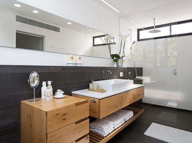 אמבטיה, שחר רוזנפלד אדריכלים