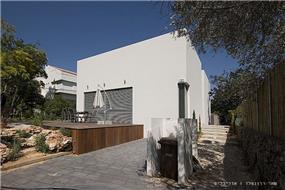 חזית בית פרטי בנווה מונוסון, יעל שחר אדריכלים