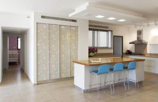 מטבח בדירה בהרצליה, עיצוב קרן מזור
