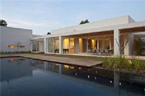 בית מגורים בשרון בתכנונה של אדריכלית ורד בלטמן כהן