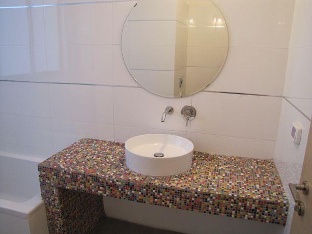 אמבטיה בעיצוב טוביה פנפיל