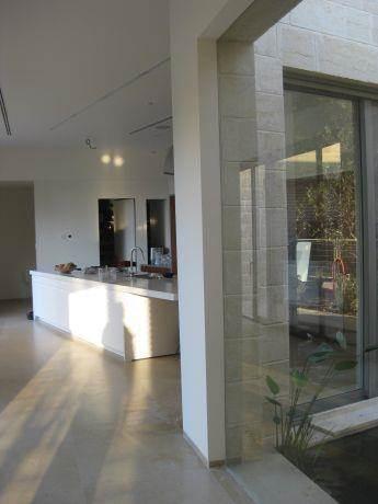 מבואת כניסה, בית פרטי, קיסריה - שולי ביימל אדריכלית ומעצבת פנים
