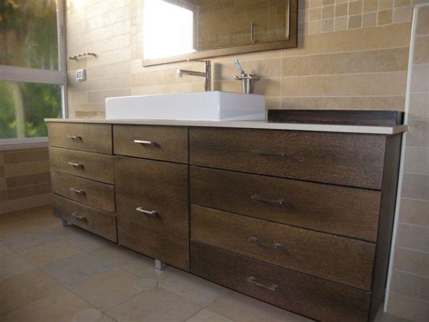חדר אמבטיה קלאסי-מודרני