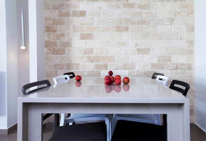 פינת אוכל- ענת רגב, אדריכלות אחרת