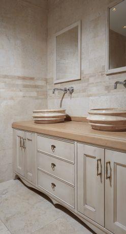 ארון אמבטיה בסגנון פרובנס, ענת רגב- אדריכלות אחרת