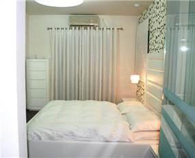חדר שינה בהיר ורך