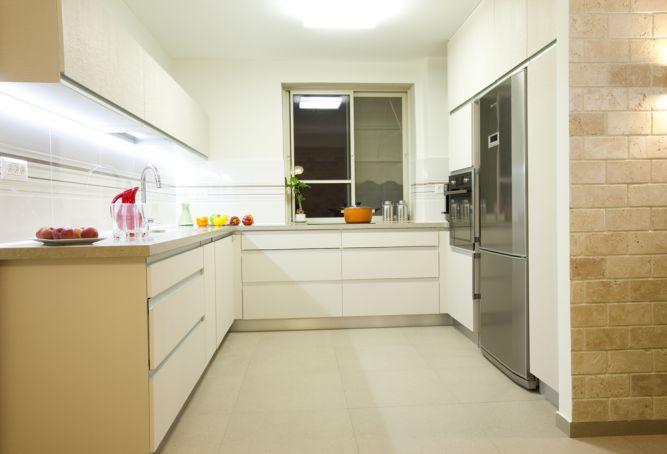 מטבח מודרני, ענת רגב - אדריכלות אחרת