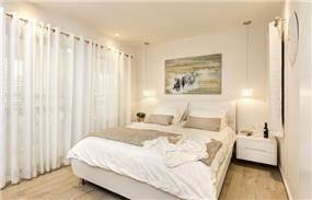חדר שינה לבן, ענת רגב - אדריכלות אחרת