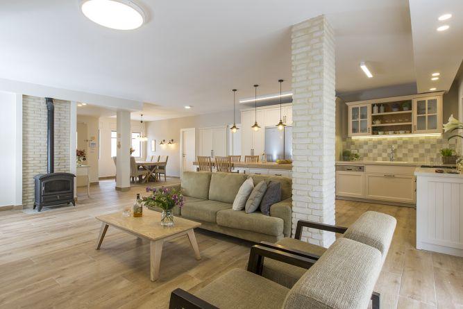 מבט מהסלון, ענת רגב - אדריכלות אחרת