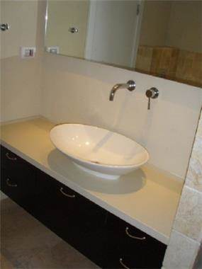 דירה בפרוייקט צמרות הרצליה - חדר אמבטיה - מיכלס - כספי אדריכלות ועיצוב פנים