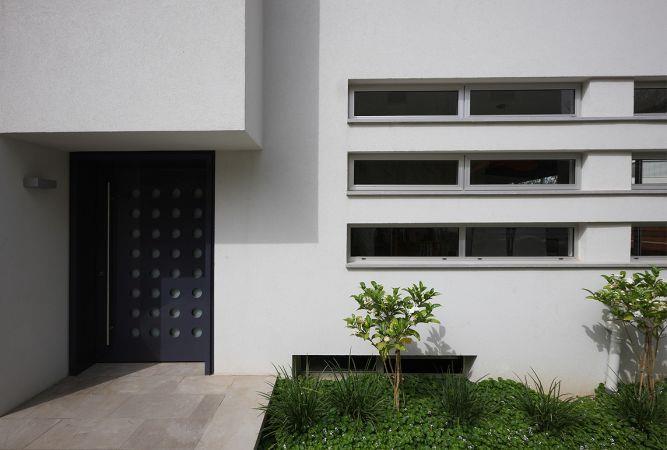 אמיצי אדריכלים - כניסה