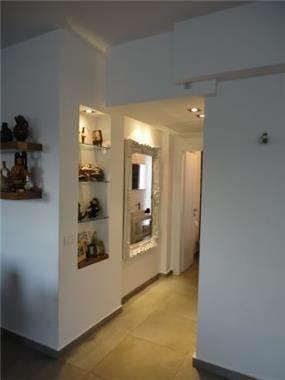 מבואת כניסה בעיצוב רונה זגר