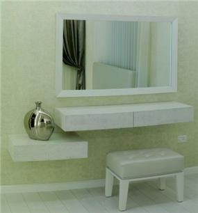 פינת איפור בחדר שינה בעיצוב חני פוקס