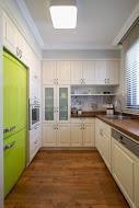 מטבח בעיצוב קלאסי בדירה קטנה  - BLV תכנון ועיצוב פנים - זהר בן לביא